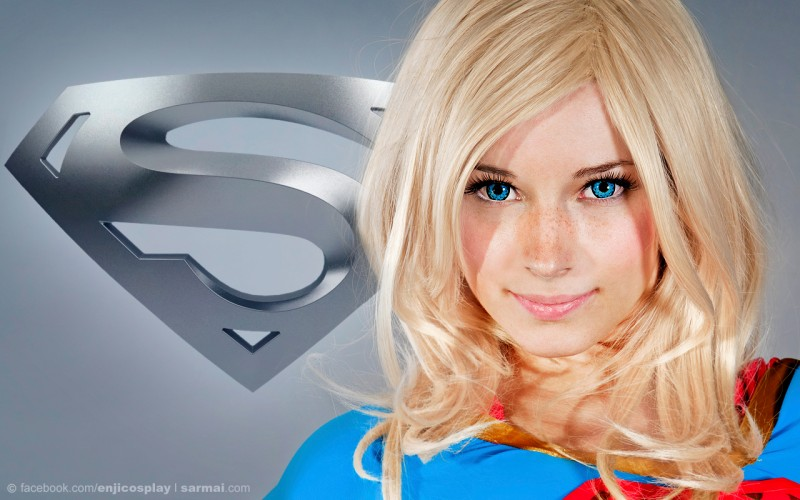 supergirl cosplays (12)