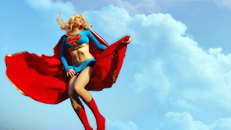 supergirl cosplays (18)