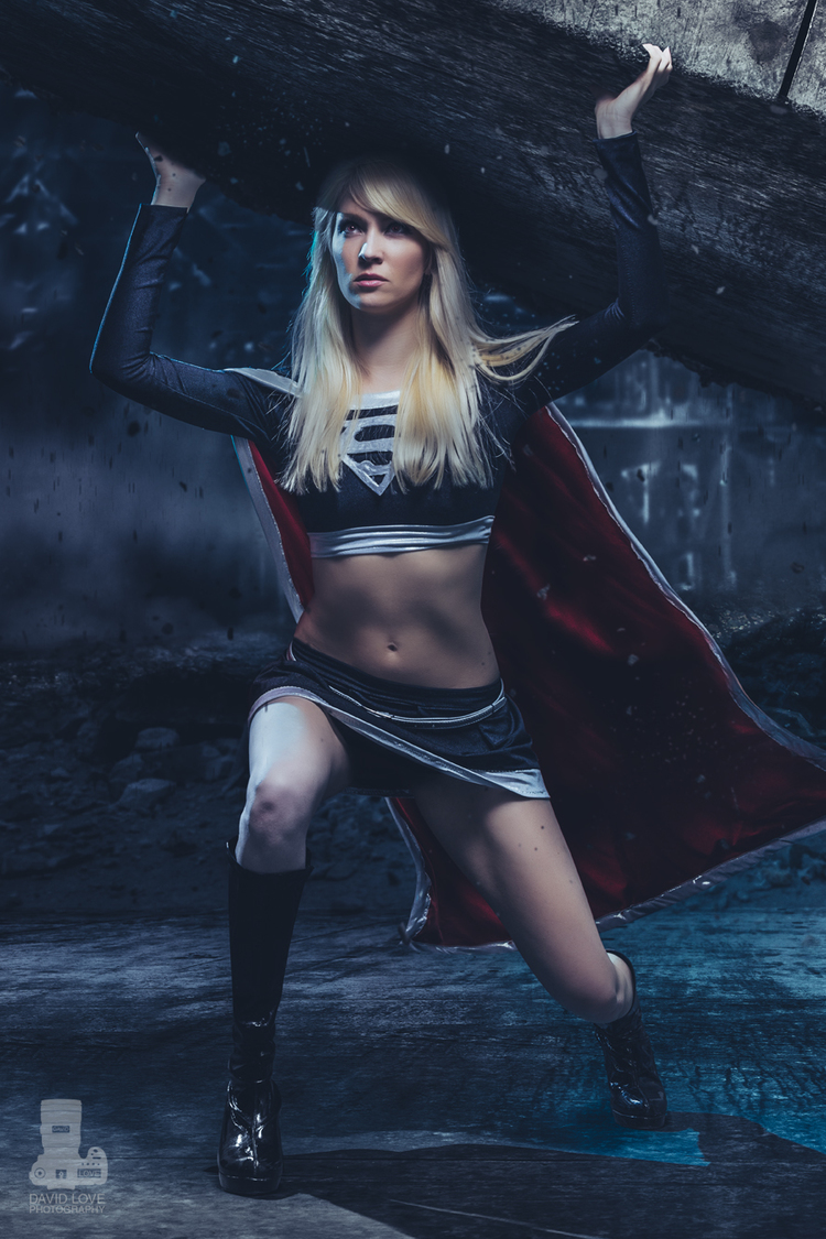 supergirl cosplays (19)