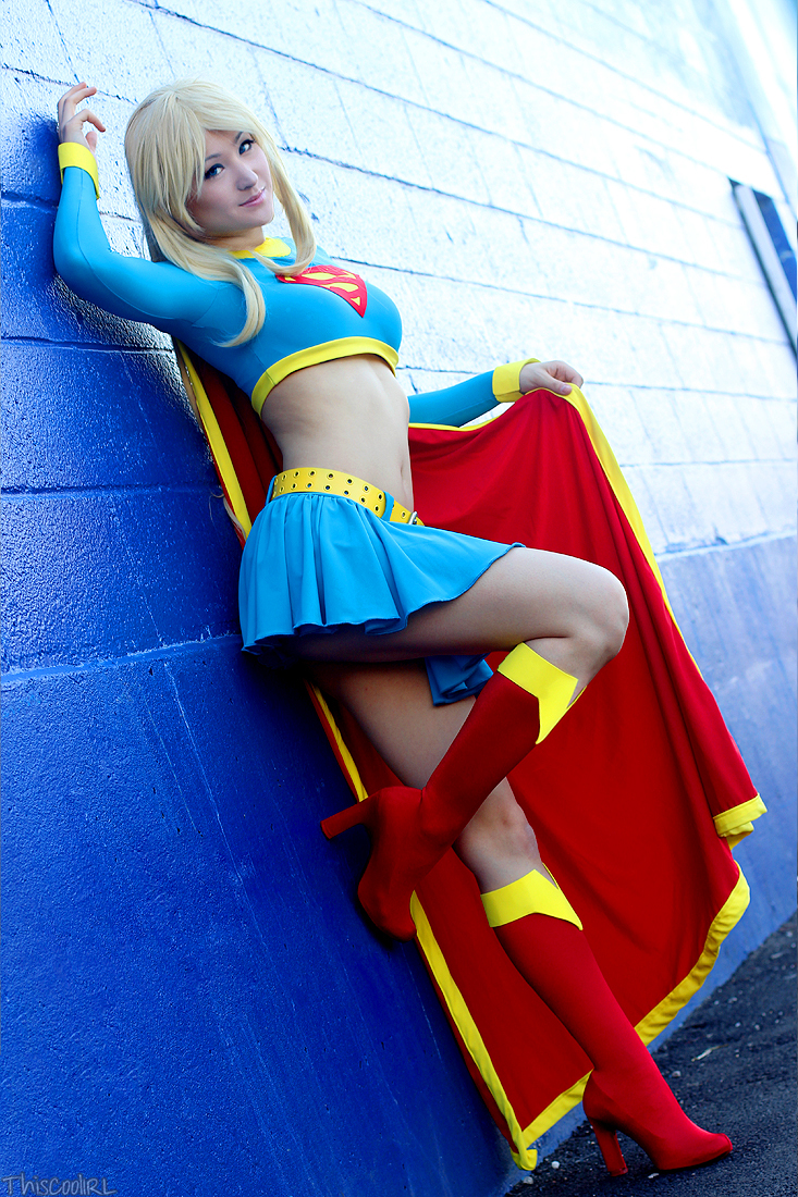 supergirl cosplays (21)