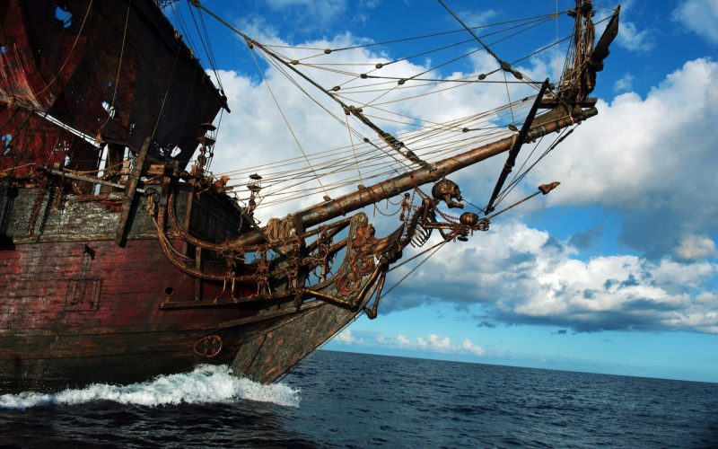 barcos-piratas-del-caribe