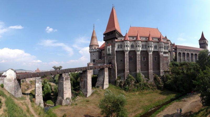 castillo-de-hunyad-rumania