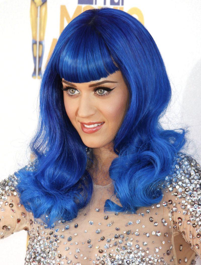 katy-perry-pelo-azul-fotos-gratis