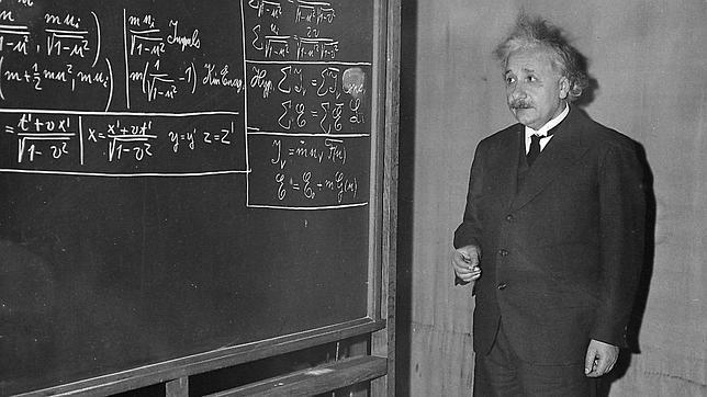 Albert-Einstein (21)