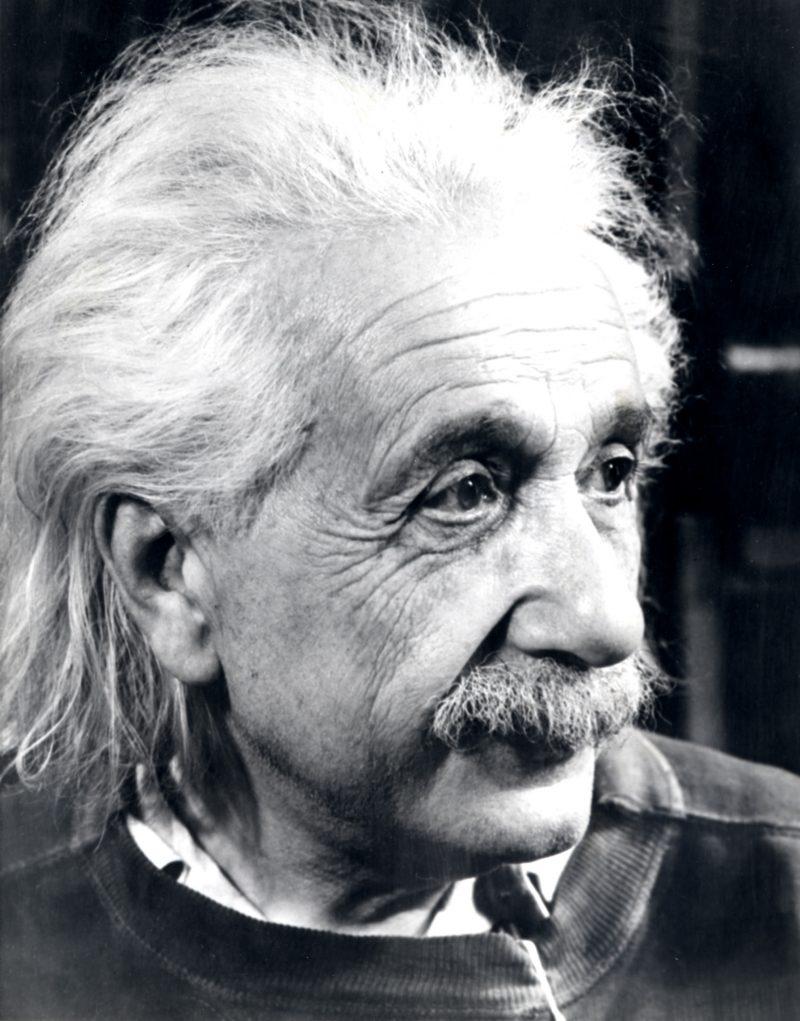 Albert-Einstein (4)