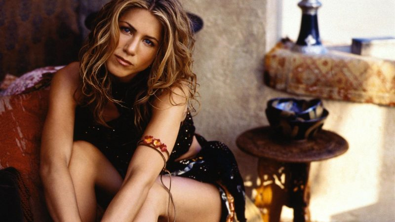 jennifer-aniston-desktop-background