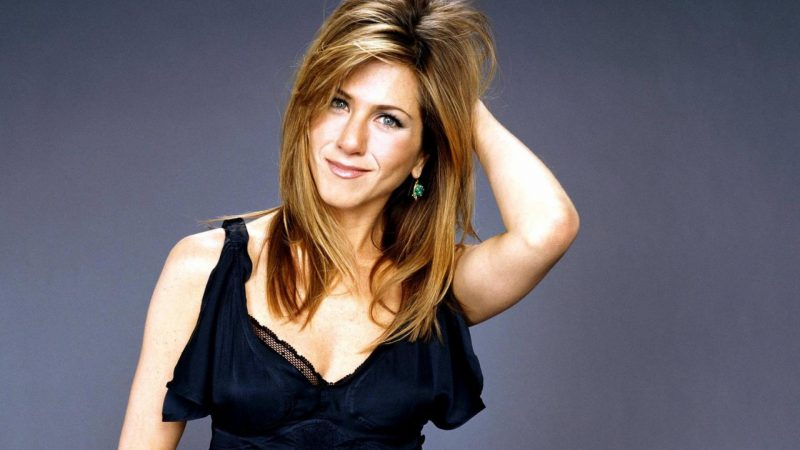 jennifer-aniston-rachel-friends-wallpaper