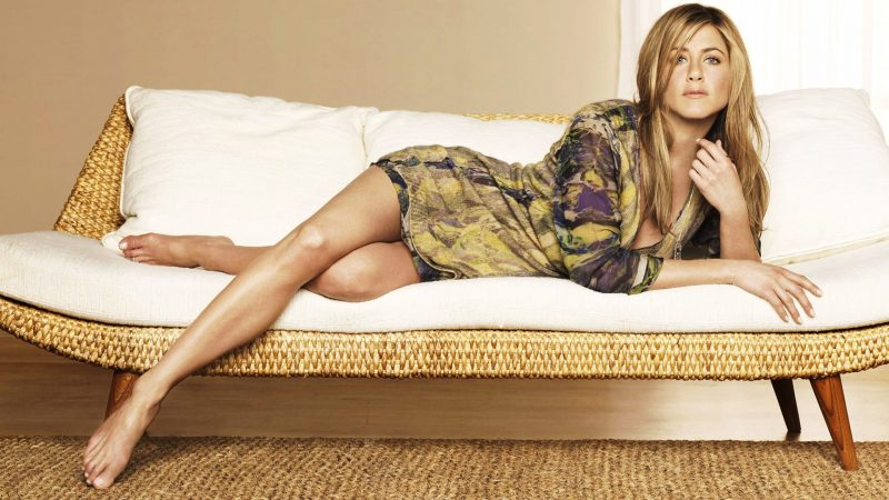 jennifer-aniston-wallpaper-3