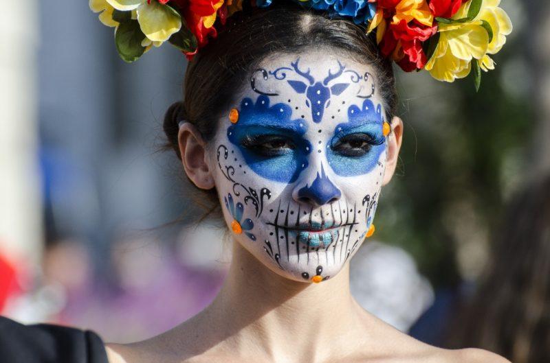 maquillaje-calavera-mexicana-catrina