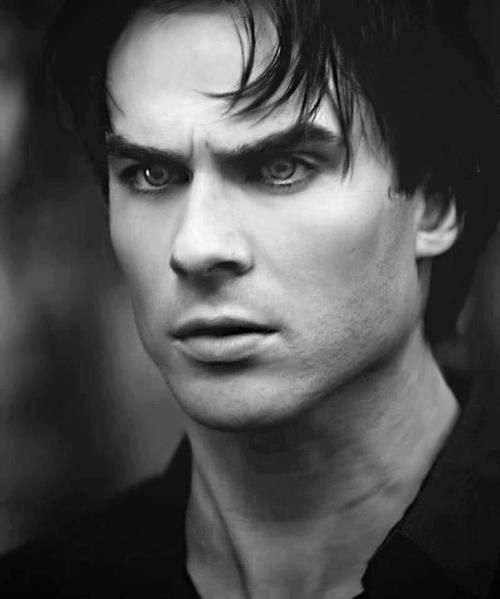 damon-salvatore-ian-somerhalder-17