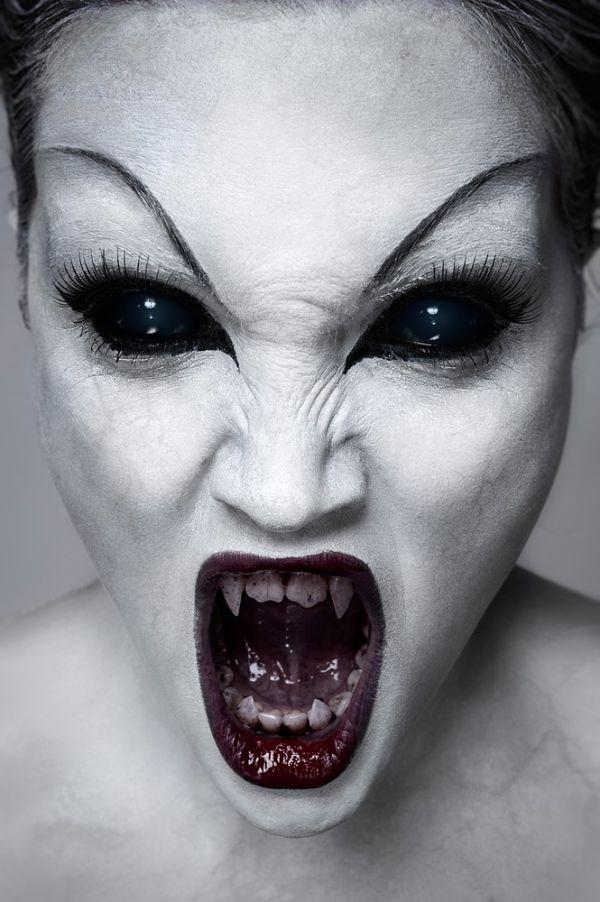 maquillaje-demonio-terrorifico