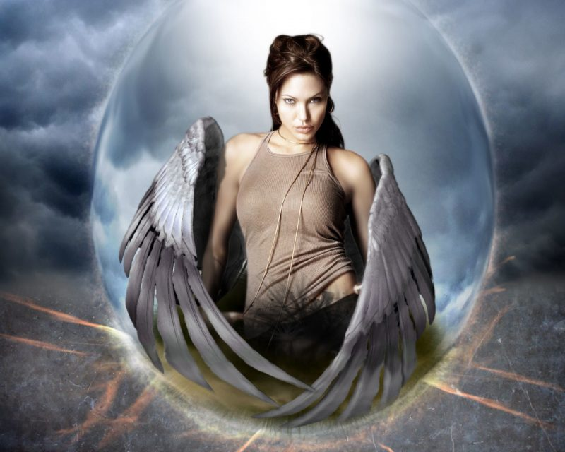 angelina-jolie-10