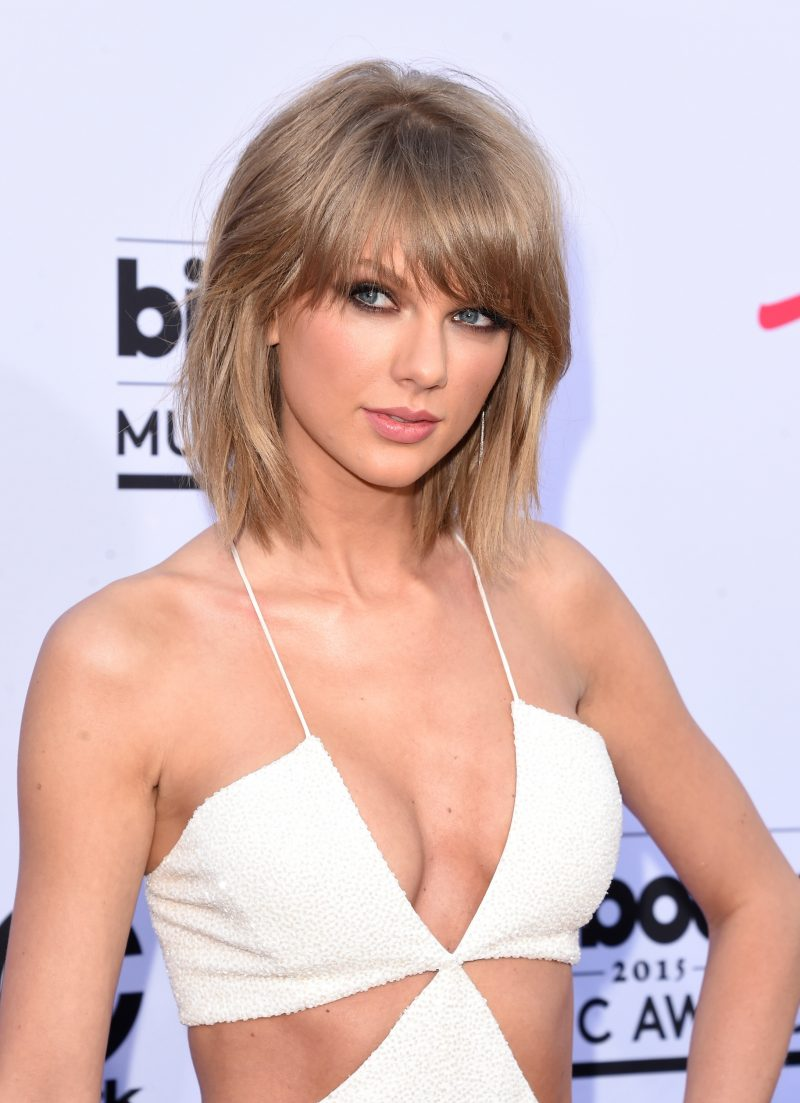 "2015 BILLBOARD MUSIC AWARDS - Arrivals - The ""2015 Billboard Music Awards"" broadcast airs live from Las Vegas at the MGM Grand Garden Arena on SUNDAY, MAY 17 (8:00-11:00 p.m., ET). on the ABC Television Network. (Photo by Jason Merritt/Getty Images via ABC) TAYLOR SWIFT"