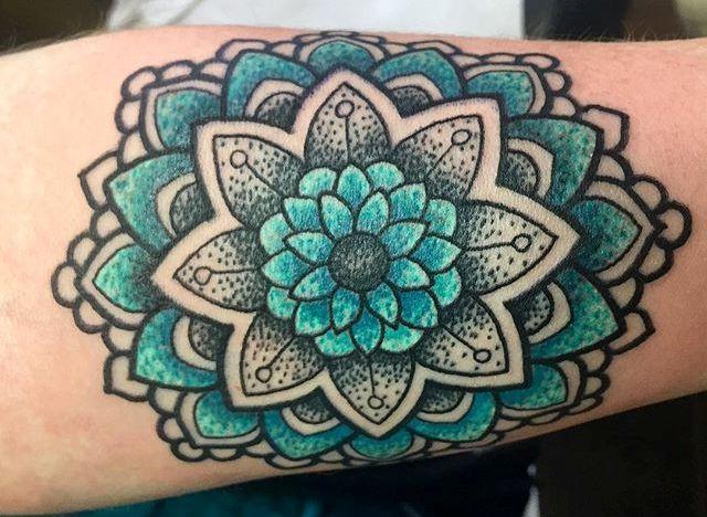 19 tatuajes de mandalas para mujeres y hombres - Mandalas en colores ...