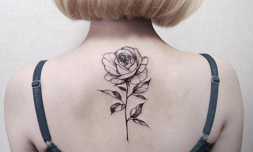 Fotos De Tatuajes De Flores Imágenes De Tatuajes De Flores Bonitas