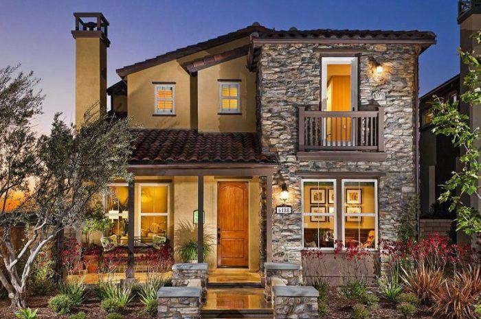 Fachadas de piedra de casas modernas y minimalistas